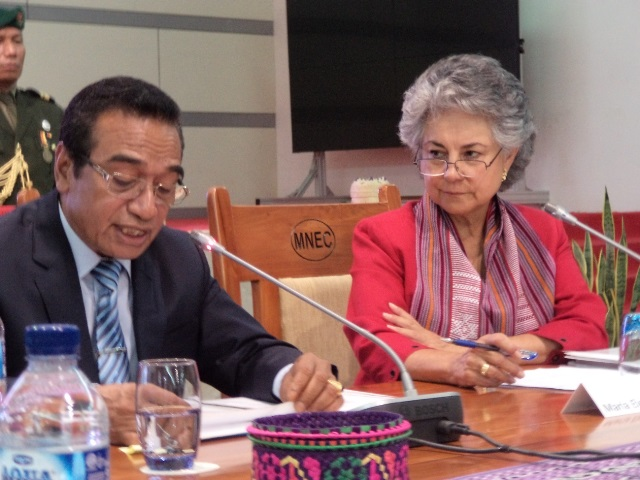 María Elena Agüero, Secretary General of the Club de Madrid opens the round table conference on the: Prospects for Democracy in Asia & Oceania in Dili, Timor-Leste (30/07/2017)