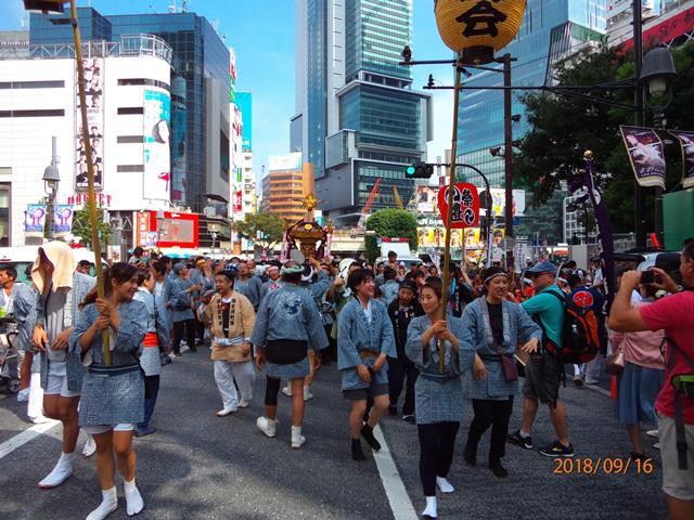 Several Mikoshis, or portable miniature shrines, were carried by Japanese and foreigners in the streets of Shibuya City during autumn festivals. (16/09/2018)