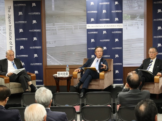 At a forum organized by the Japan Institute of International Studies, President of the Japan Global Peacebuilding Association of Japan, Mr. Sukehiro Hasegawa, noted that, as stated clearly in the Constitution, Japan should pursue gaining an honorable position in the international community even though the chances of Japan becoming a permanent member of the UN Security Council has decreased. (27/09/2018)