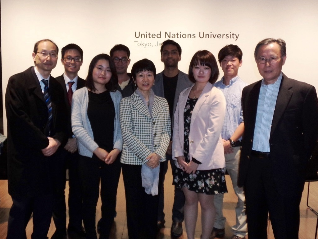 Professor Akiko Yuge and her students of Hosei University were among the participants.