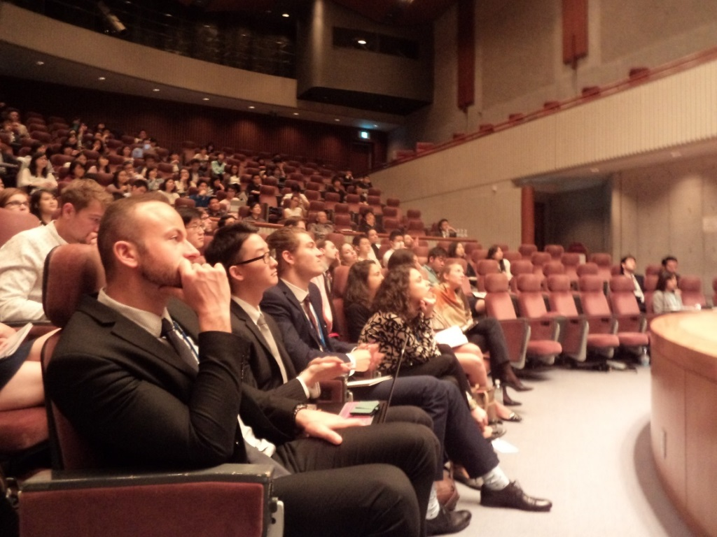 From left to right on the front row: Mr. Geremie of Canada Mr. Yokono of Japan, Mr.Huebner of Germany, Ms. Realacci of Italy.