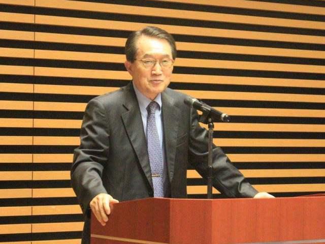 Ambassador Ho-Jin LEE