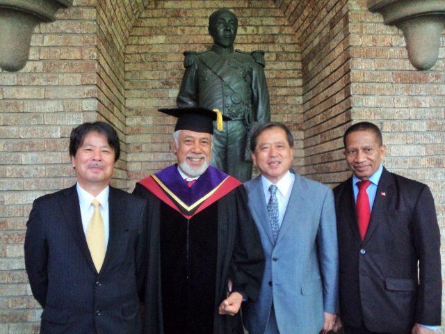 Professor Mitsuru Yamada, Minister Xanana Gusmão,Ambassador Iwao Kitahara, and Ambassador Filomena da Cruz